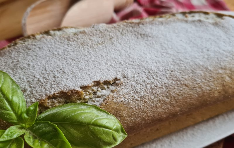 PLUMCAKE DI BASILICO ALL'ACQUA